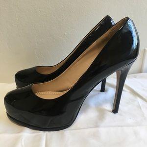 POUR LA VICTOIRE Irina Black Patent Leather Pumps
